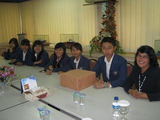 kuliah-kerja-surabaya-administrasi-niaga-bisnis-paradigma-baru-administrasi-bisnis